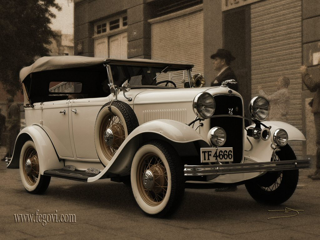 Extreme Cars: Classic Car Wallpapers
