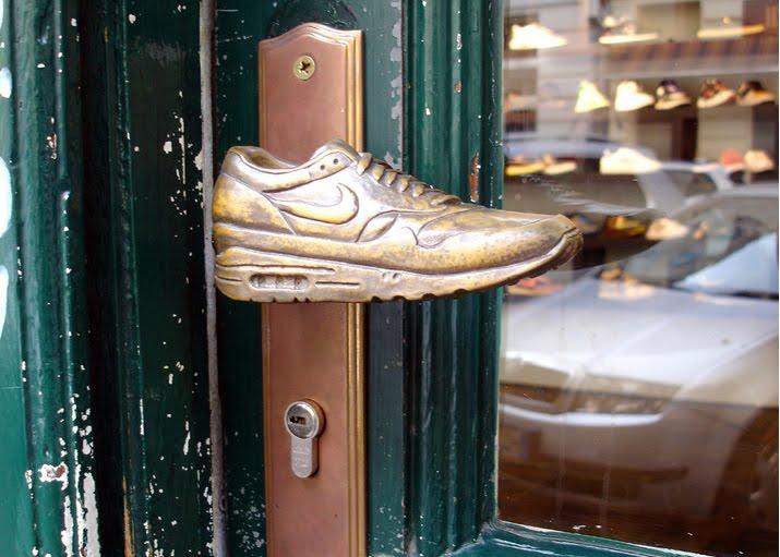 If It S Hip It S Here Archives Sneakerknobs Door