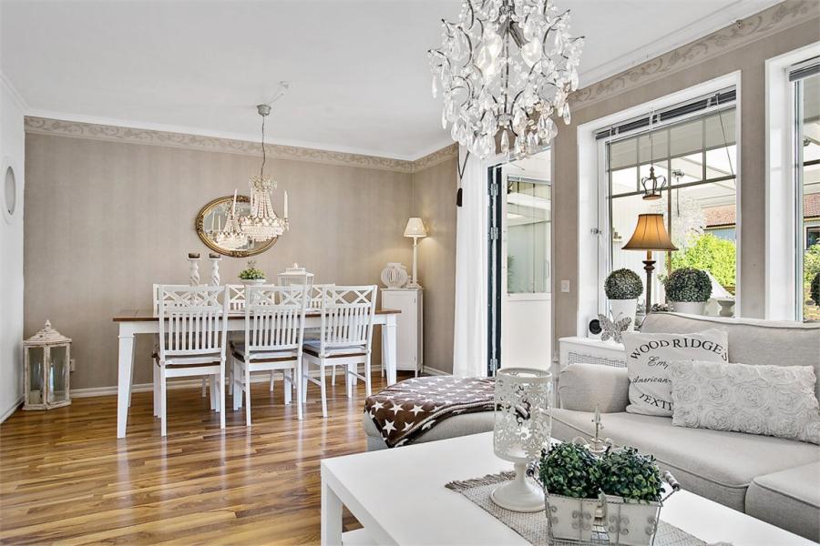 wystrój wnętrz, wnętrza, urządzanie mieszkania, dom, home decor, dekoracje, aranżacje, styl skandynawski, shabby chic, białe wnętrza, jasne wnętrza, salon, jadalnia