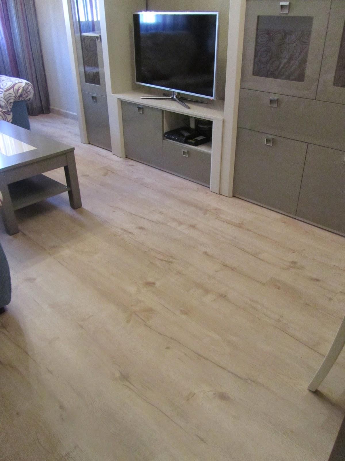 Combinar suelo y puertas perfect combinar suelo puertas for Combinar parquet y muebles