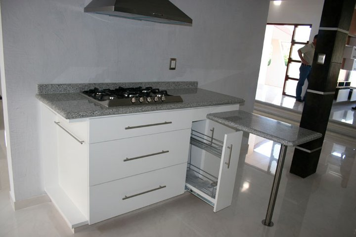 Demadera veracruz cocinas for Cocina integral con estufa