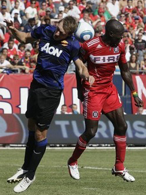 Manchester United v Chichago Fire Phil Jones Man Utd Tour USA
