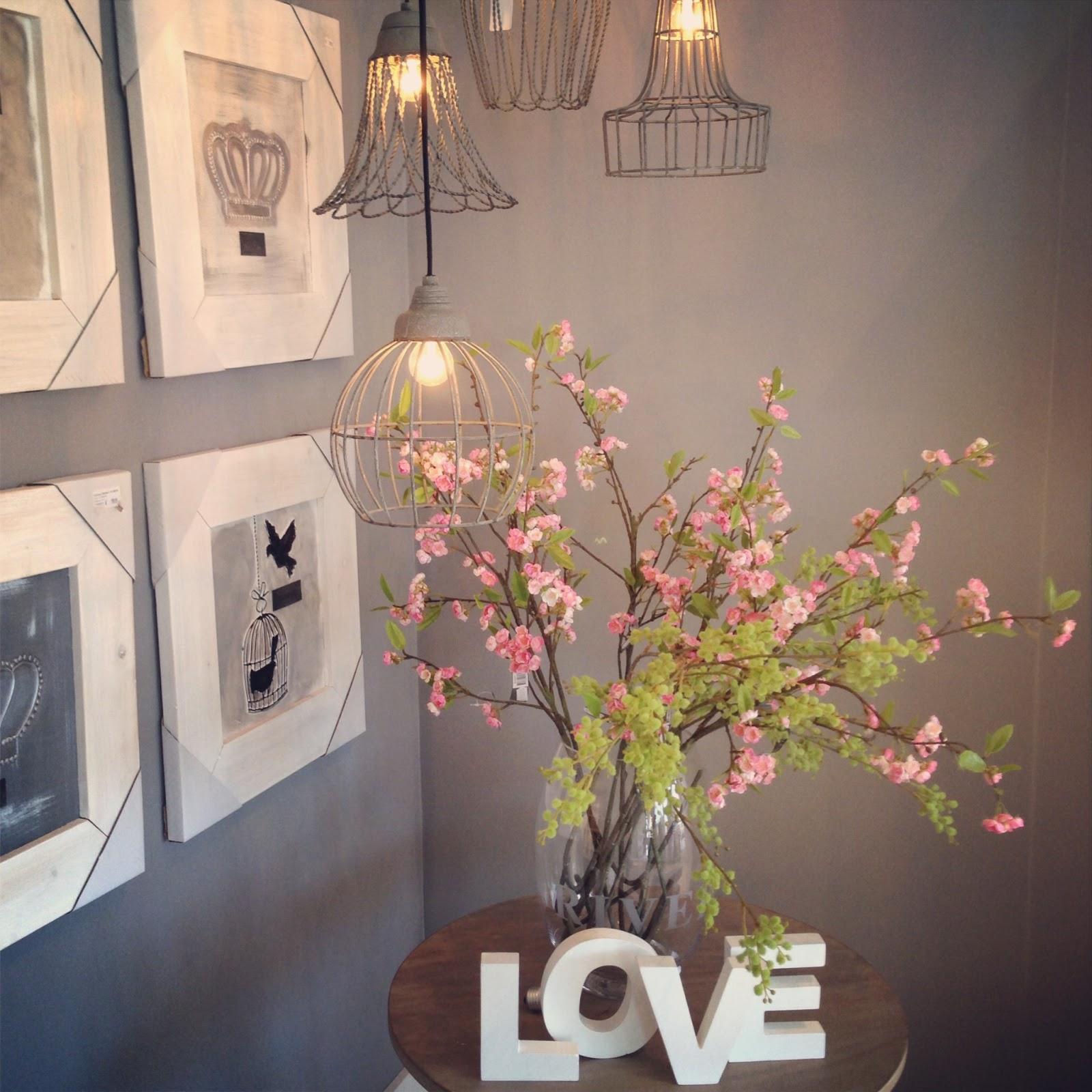 frage foto oster edition fr ulein ordnung. Black Bedroom Furniture Sets. Home Design Ideas