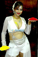 Hot Tanisha Singh celebrates Holi at Nrityavatika studio