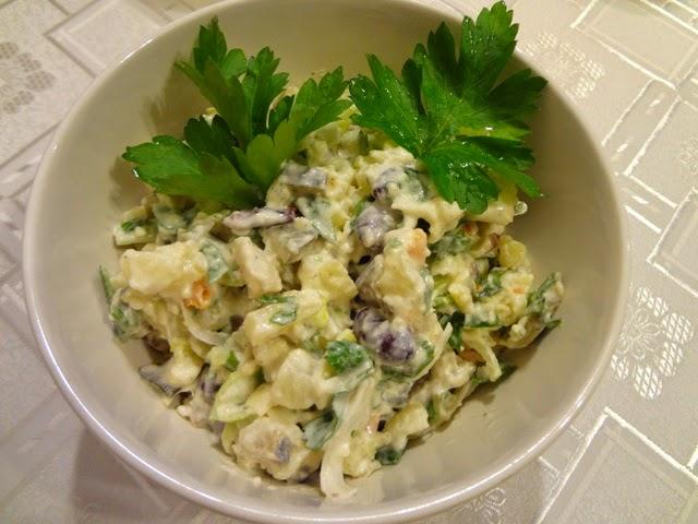 Gotowanie Wg Marty Salatka Sledziowa Z Porem
