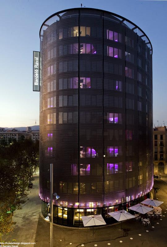 Les plus beaux hotels design du monde h tel barcelo raval for Hotel design a barcelone
