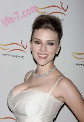 scarlett johansson white-bridal jewelry fashion