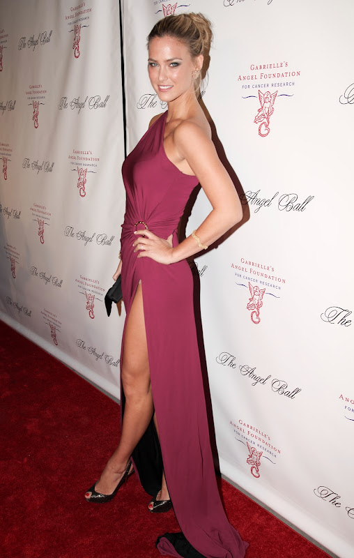 Bar Refaeli shows off some leg in  a high cut Pucci dress on the red carpet