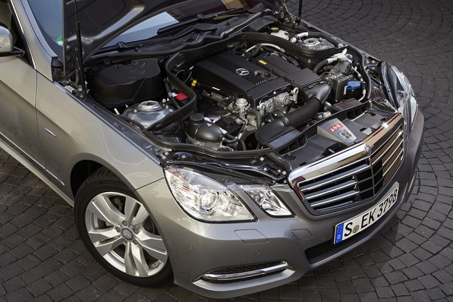 Mercedes garage mercedes classe e ganha motores de for Garage mercedes pellouailles les vignes