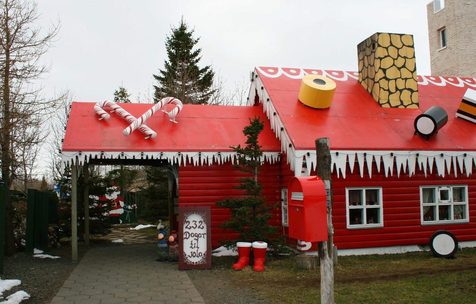 Santas_Summer_house