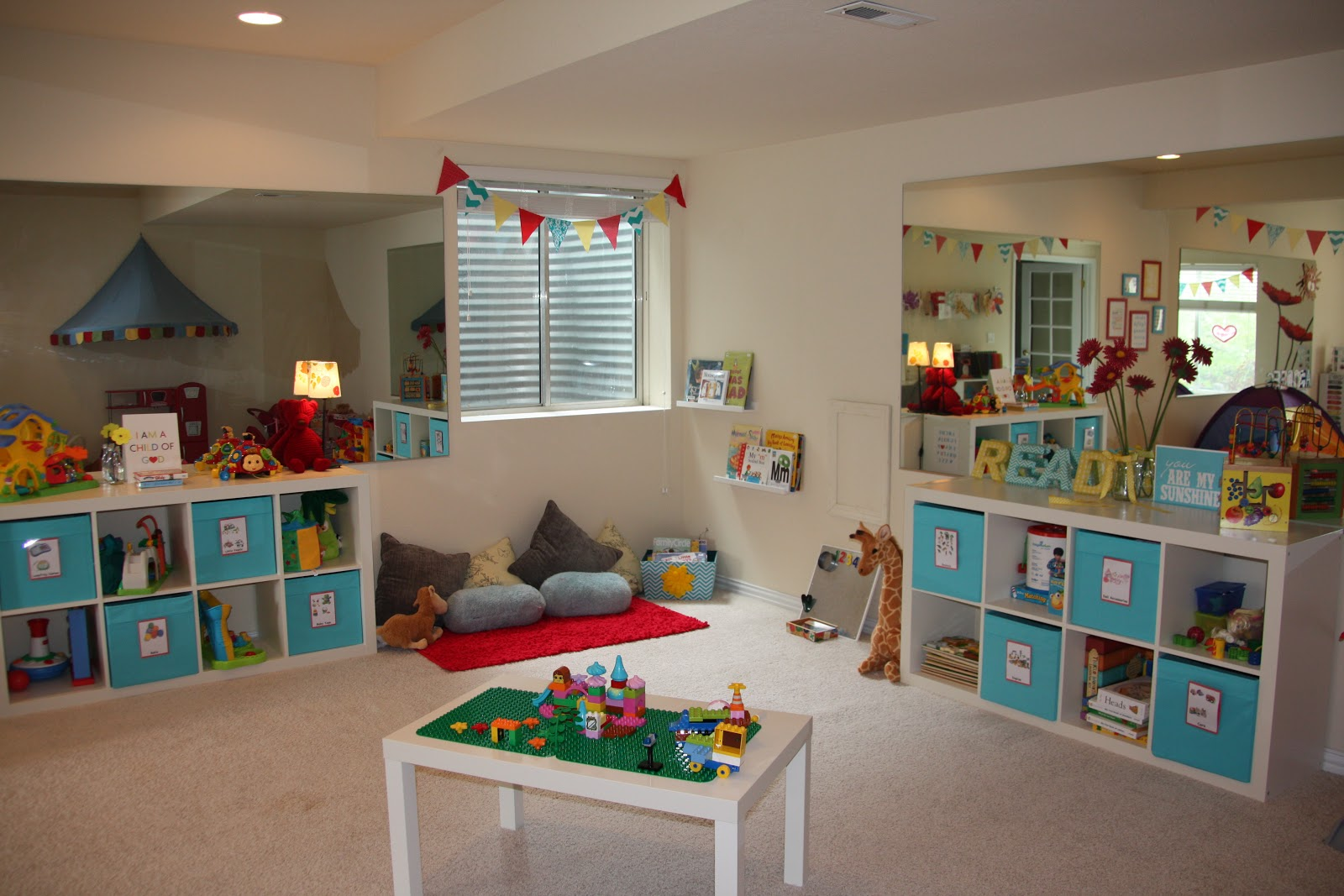 Keeping up with the joneses our new playroom for Kid friendly family room design