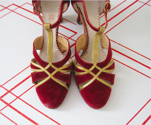 1930s Red Velvet Heels #1930s #shoes #heels #vintage