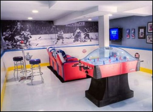 Decorating theme bedrooms maries manor man cave for Man u bedroom ideas