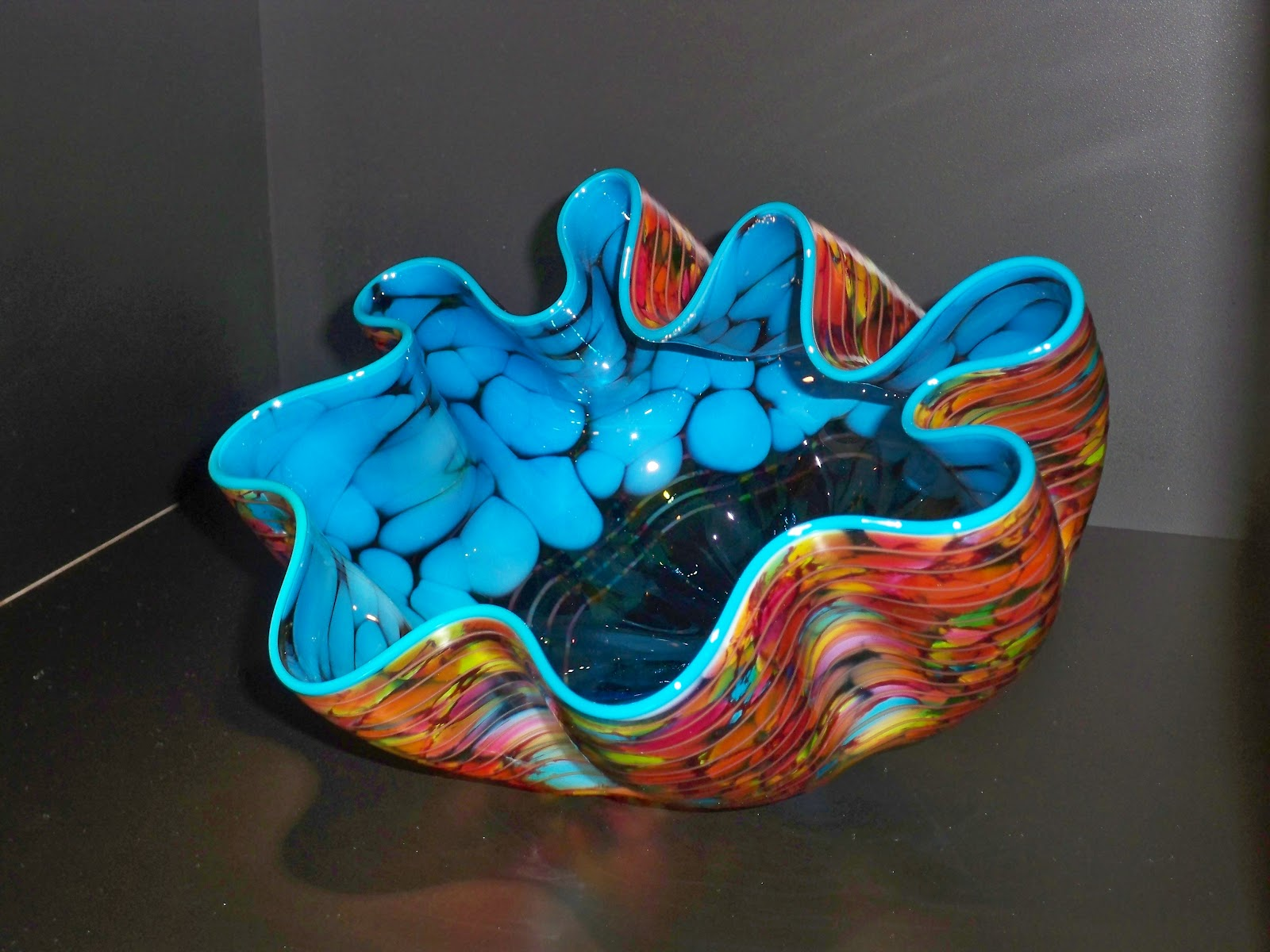 chihuly art glass bowl