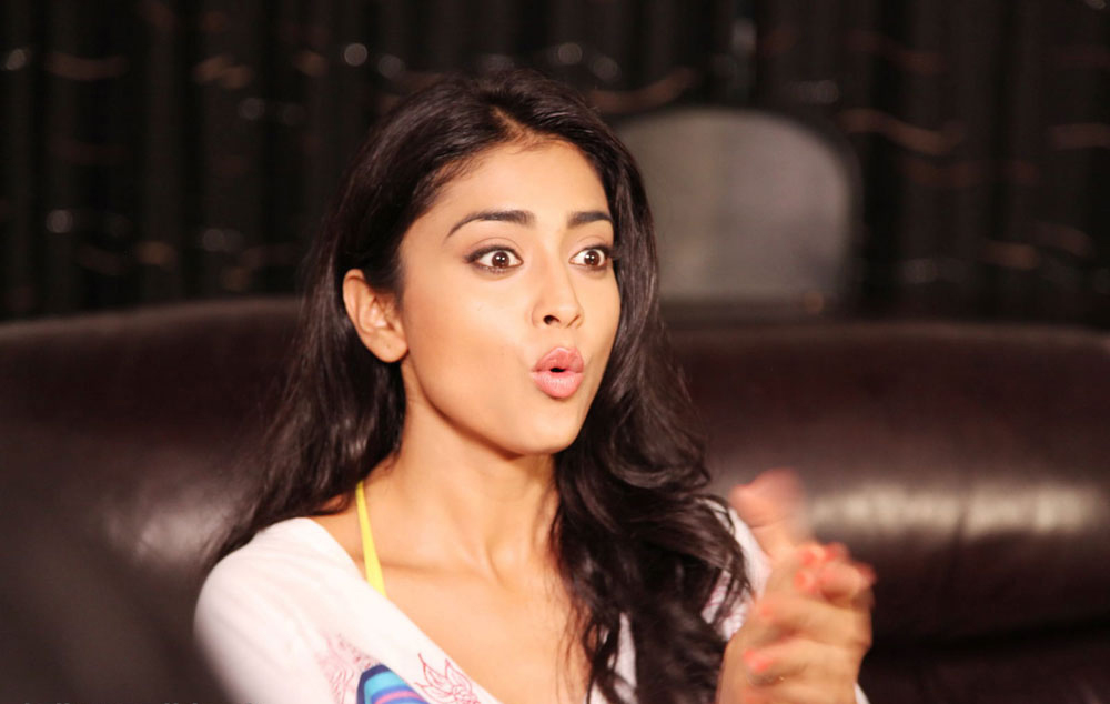 Shriya Saran Hot Pics Pavitra Movie