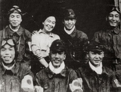 Tome Torihama with some of the kamikaze pilots in Chiran