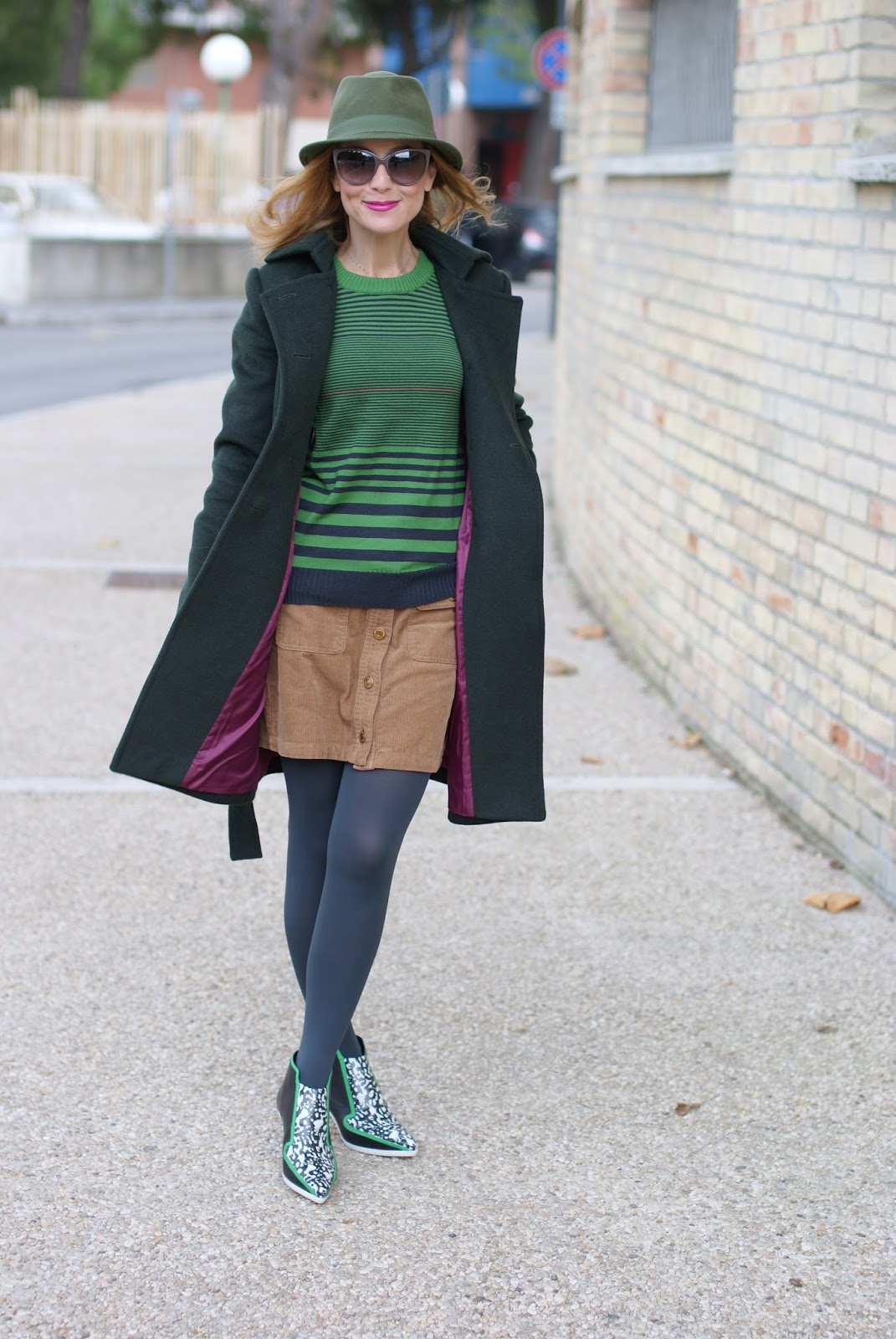 Sumissura green double breasted coat on Fashion and Cookies fashion blog, fashion blogger style
