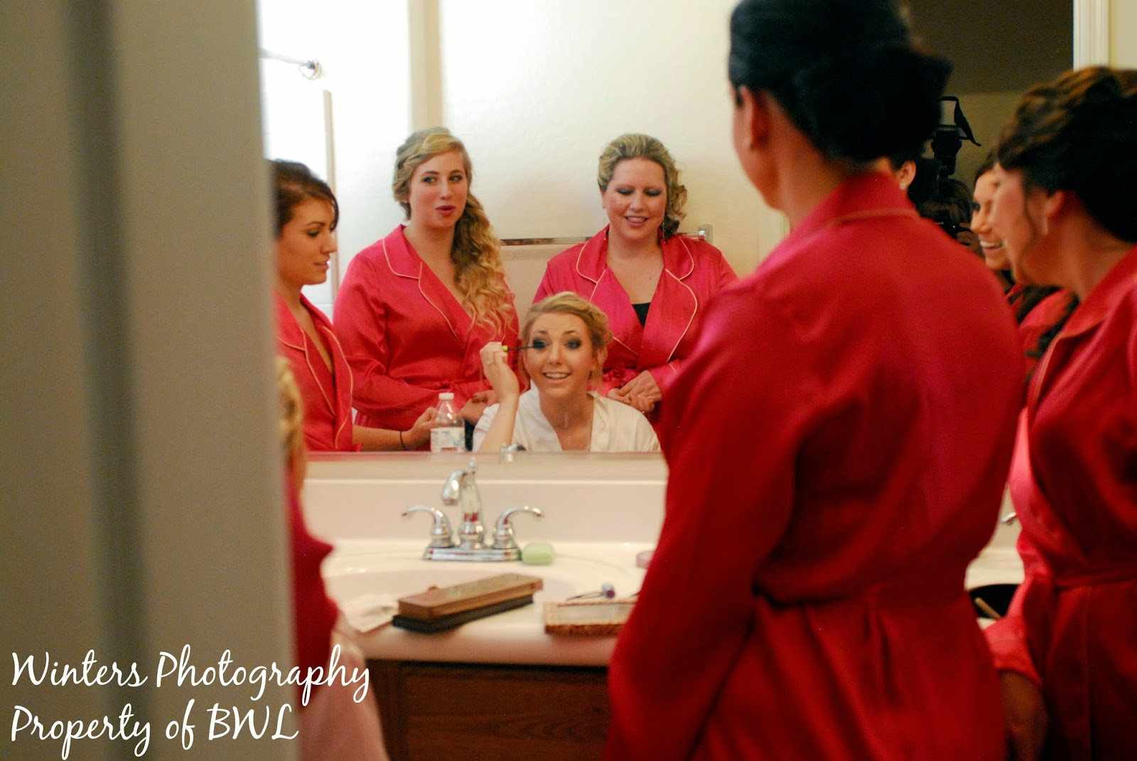 wedding-makeup, arizona-wedding, bridesmaids, getting-ready-wedding