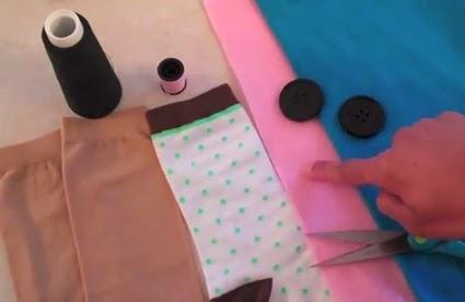 bahan pembuat boneka tangan