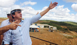 Ceará precisará do rio São Francisco para assegurar água em caso de 5º ano de seca em 2016, avalia Camilo