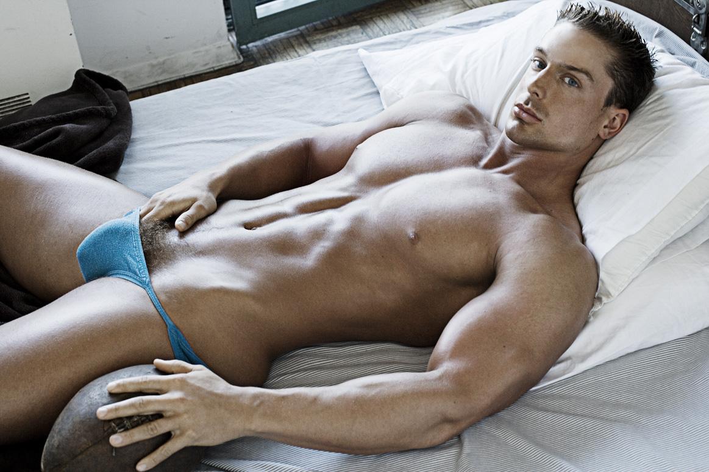 Фотки голых парней онлайн смотреть бесплатно, Эротические фото парней, фотографии голых мужчин 9 фотография
