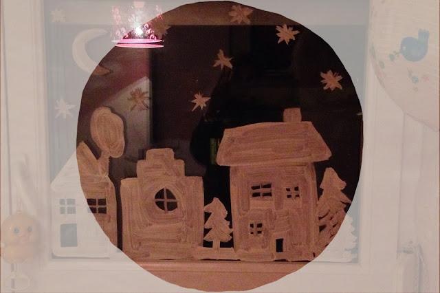 calendrier de l 39 avent jour 2 on teste pour vous la peinture cologique pour les fen tres. Black Bedroom Furniture Sets. Home Design Ideas