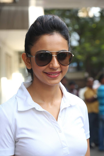 Rakul Preet Singh Stills At Telugu Film Industry Swachh Bharat Event