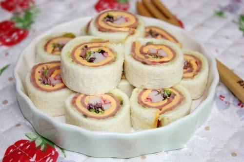 banh-sanwich-cuon