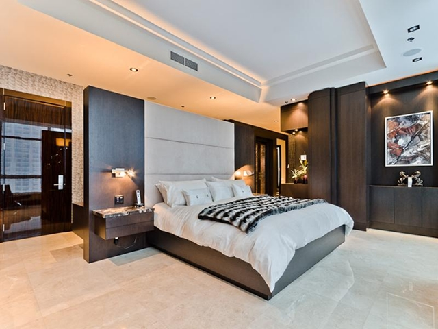 Photo of the bed in the bedroom
