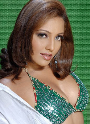 Meghna Naidu hot photo