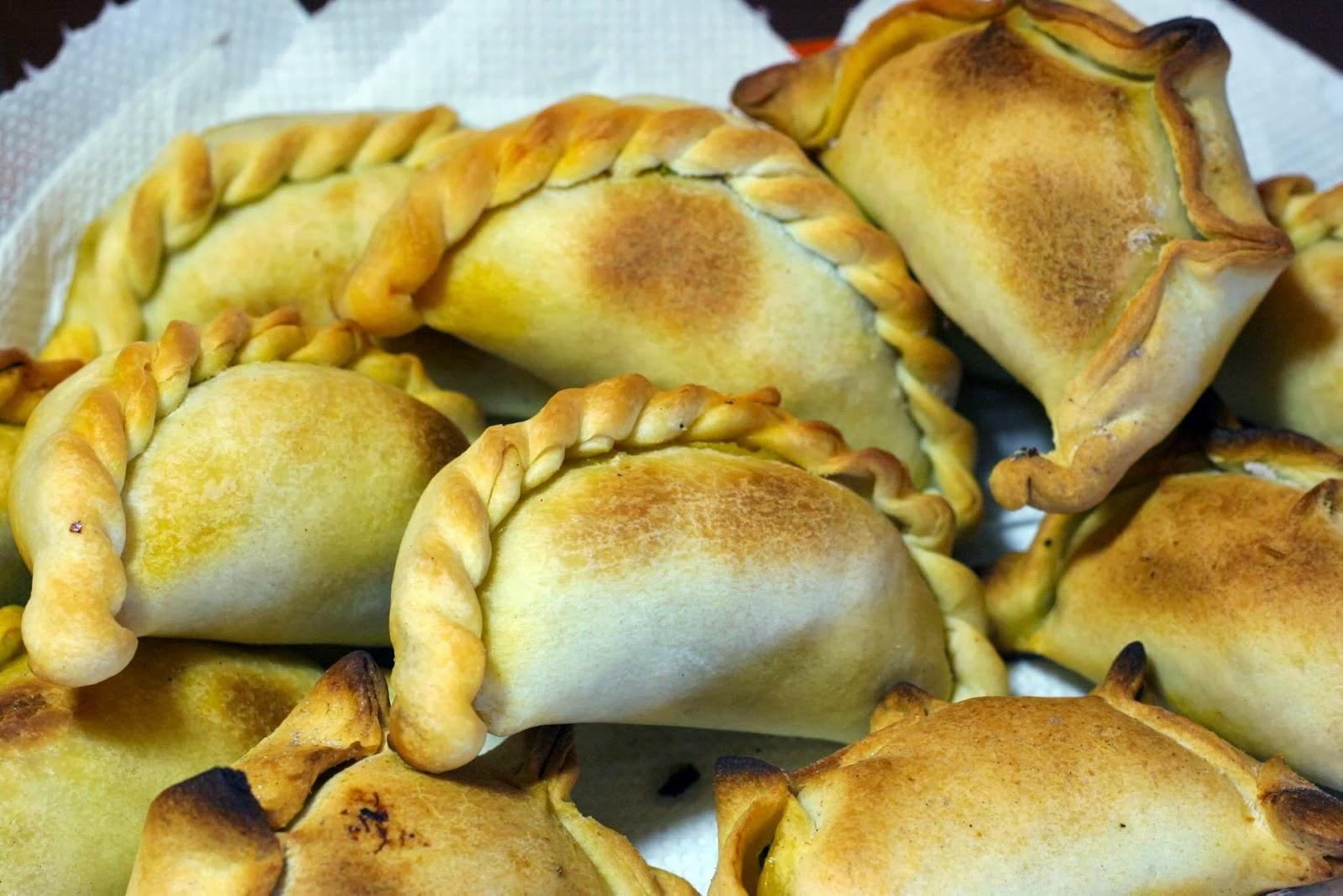 empanadas tucumanas fritas