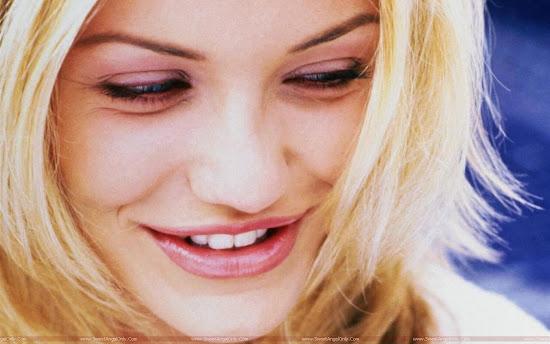 Cameron Diaz smiling