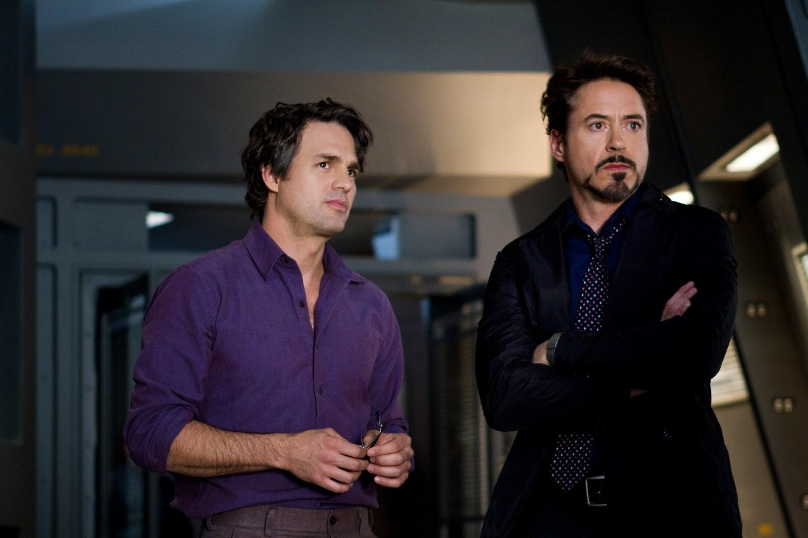 http://4.bp.blogspot.com/-P3T0iSy4tQQ/TzBi2n6Ss7I/AAAAAAAAAtI/ud8QhiR-DT4/s1600/Avengers.+Mark+Ruffalo+and+Robert+Downey+jr..jpg