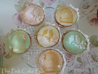 Bird cage cupcakes