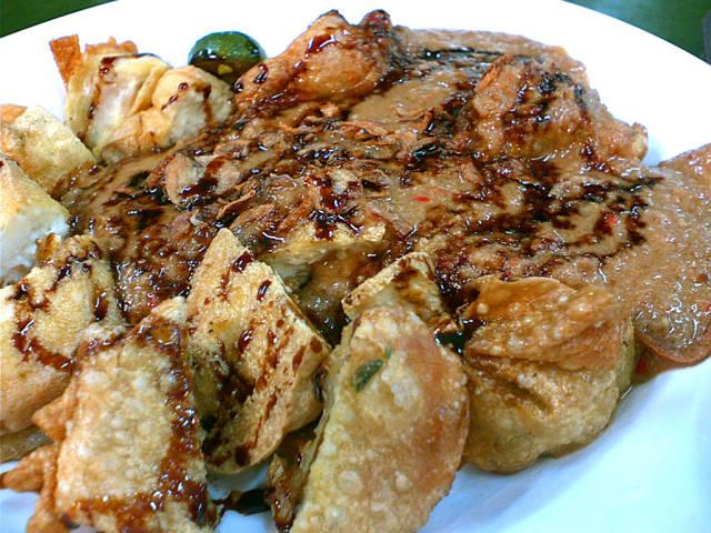 : biasanya dikenal dari singkatan bakso tahu goreng adalah makanan