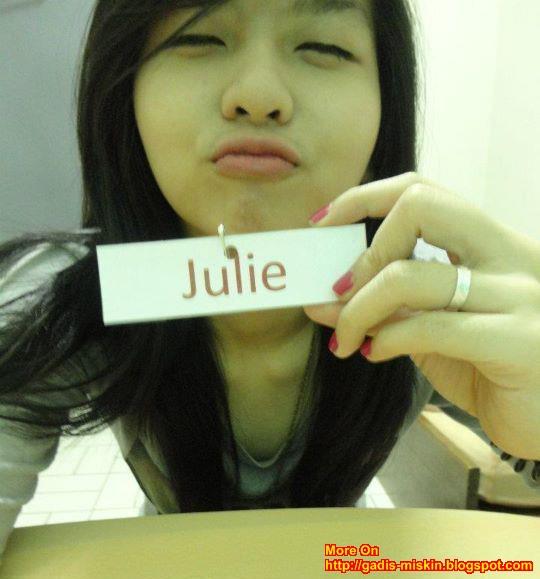 Julie : IGO Chinese Unyu-unyu Cute Narsis