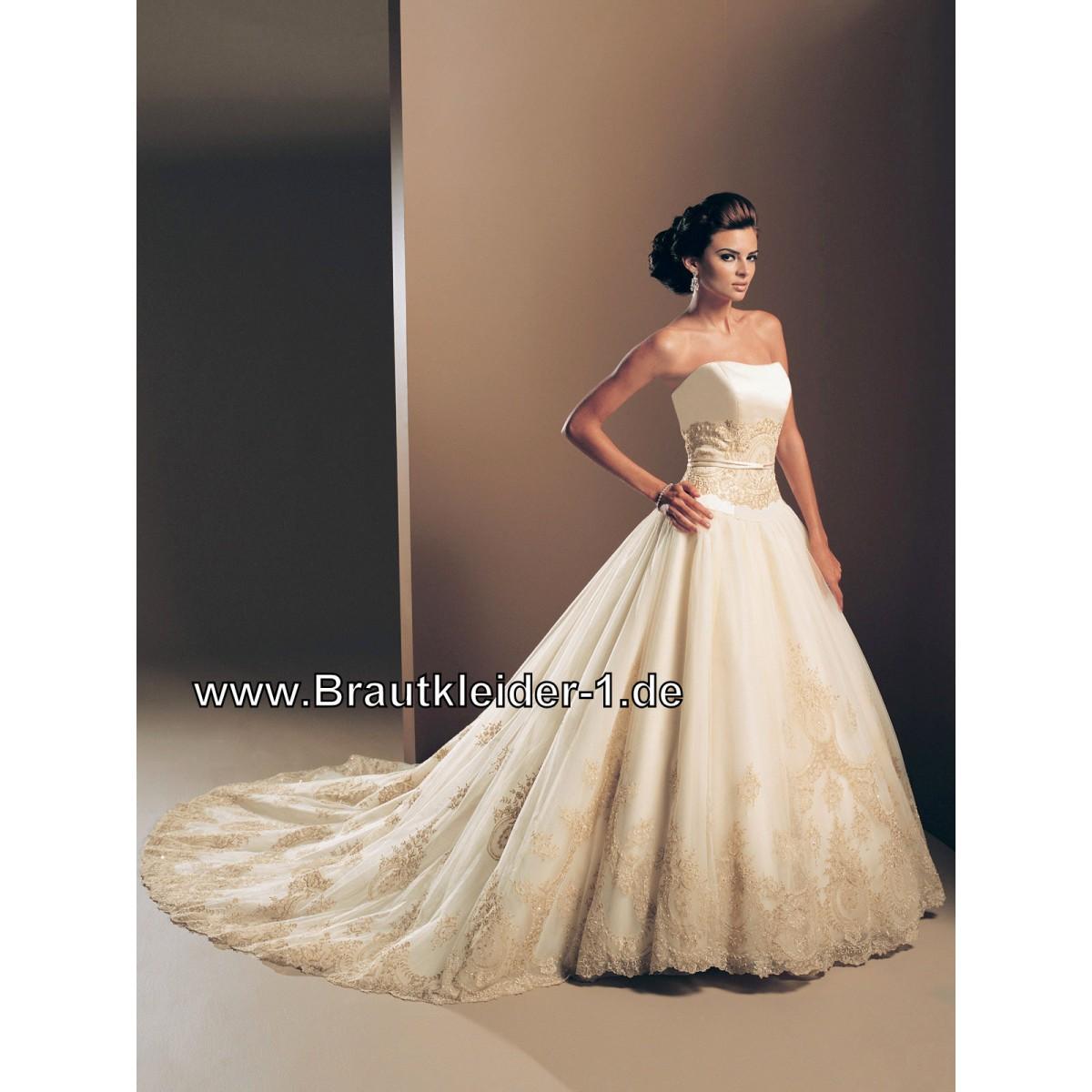 Brautkleider mit Schleppe auf Rechnung