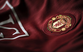 Manchester United FC Uniform Logo HD Wallpaper
