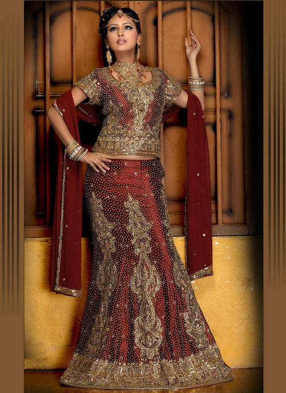 Ghagra choli is a traditional fashion wear in India, Bangladesh