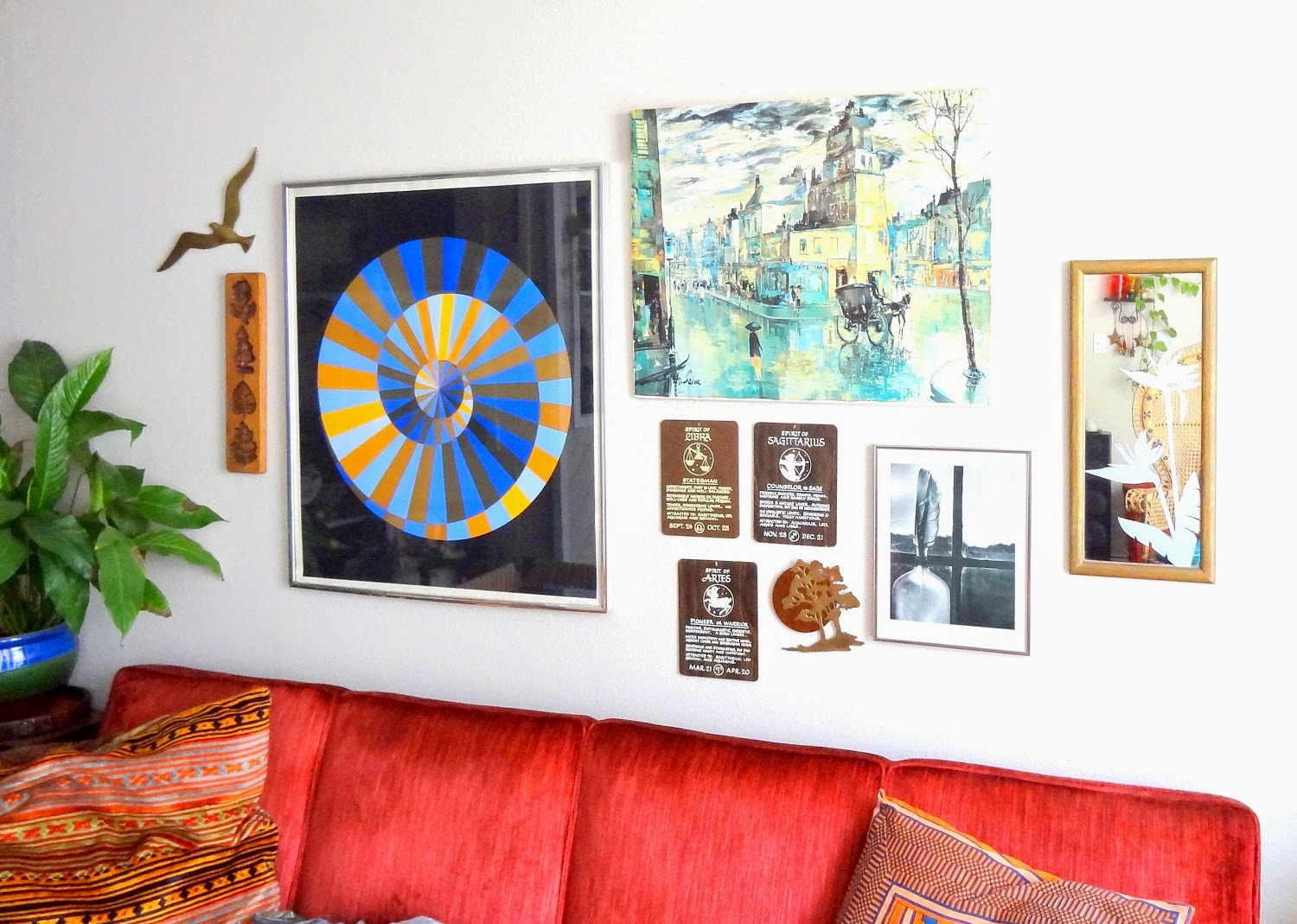 Vintage-Gallery-Wall