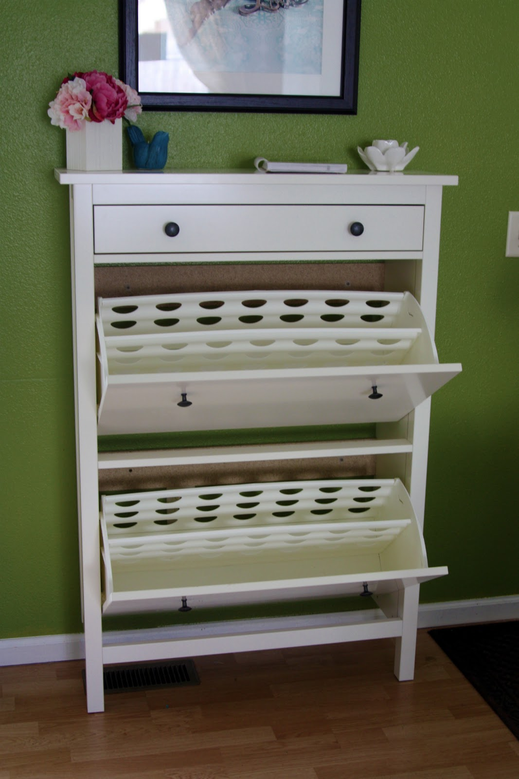 iheart organizing april challenge project purge shoes. Black Bedroom Furniture Sets. Home Design Ideas