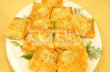 Oktay Usta Baklava Yufkasında Talaş Böreği Tarifi Yeşil Elma