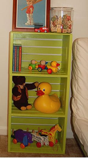 Ideas para compartir de mama ideas con cajas de madera - Estantes para juguetes ...