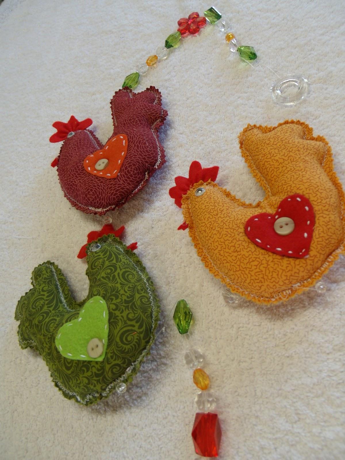 de galinhas para deixar sua cozinha mais coloridaFeitos de tecido