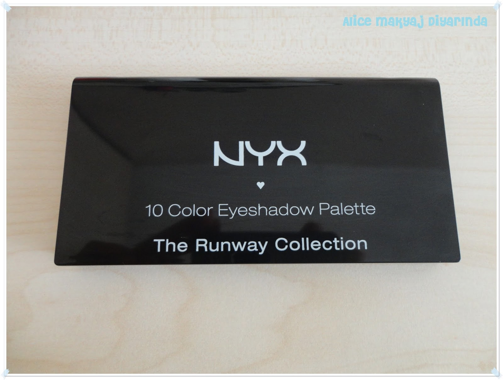 Nyx The Runway Collection 10'lu Far Paleti-03- Caviar and Bubbles