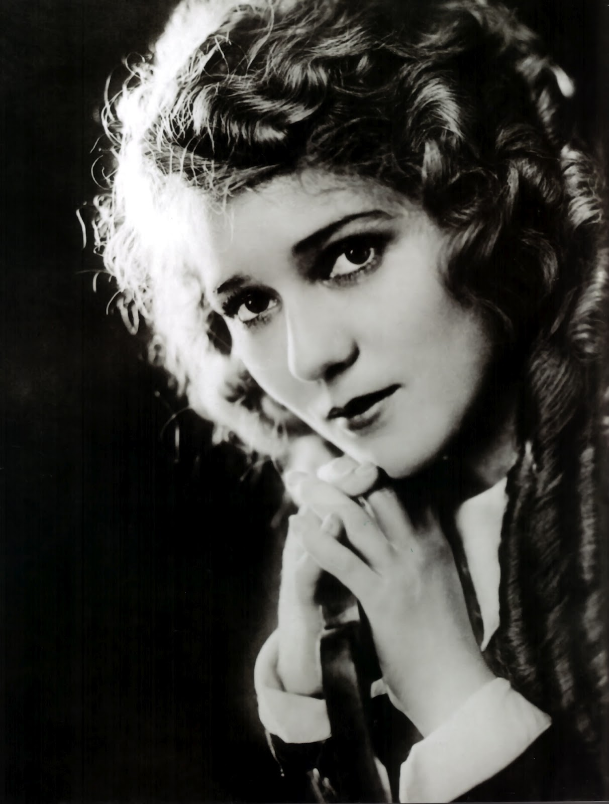 Mary Pickford nude (53 foto and video), Tits, Sideboobs, Twitter, braless 2017