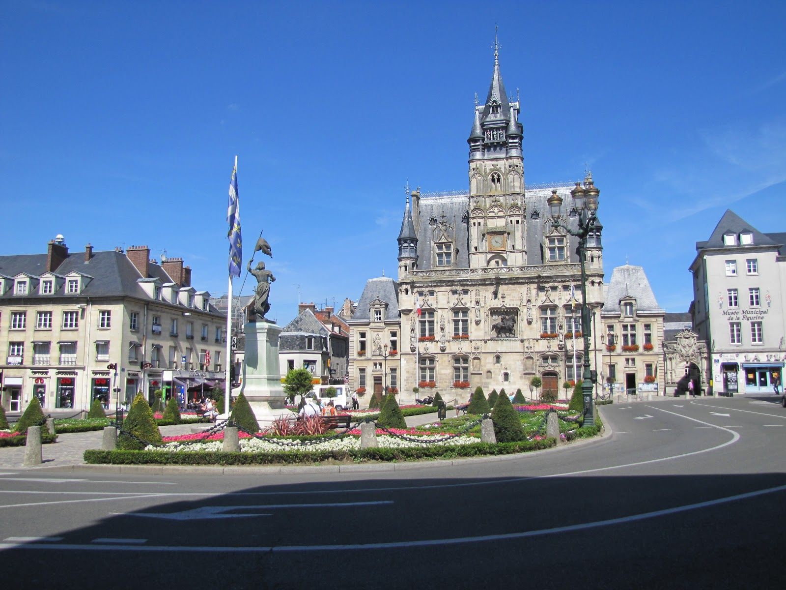 Nicole Bienvenue La France Les Premiers Jours Compi Gne