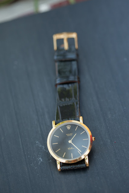 Đồng hồ Rolex R121 bao nhiêu