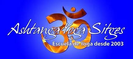 Y O G A  en Sitges (Barcelona)