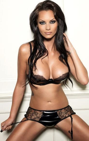 http://4.bp.blogspot.com/-P5DNzb35Z8M/Tbvn8_F5cYI/AAAAAAAADoM/32OiR8h8XQc/s1600/Jessica_Jane_Clement_Hot_Bikini_8.jpg